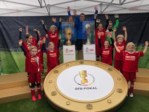 U11 mit DFB-Pokal