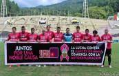Al igual que grandes equipos de todo el mundo, el Deportivo Táchira decidió jugar con una camiseta de color rosado en apoyo a la causa benéfica de la lucha contra el cáncer de mama. Foto: Gennaro Pascale