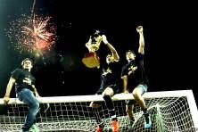 El portero del DANZ Leo Morales celebra la victoria