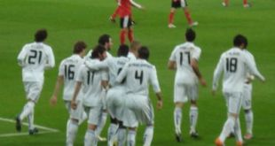 El Real Madrid golea al Murcia