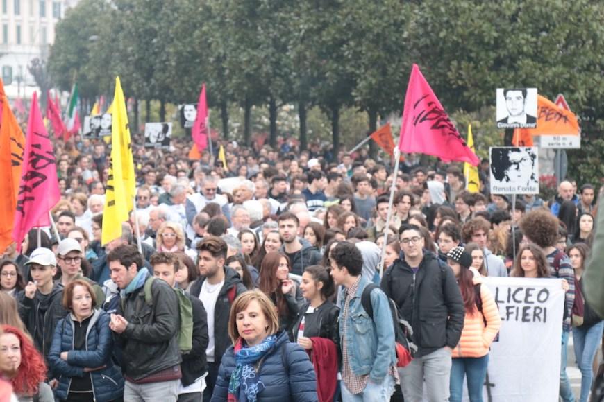 Ragazzi alla manifestazione