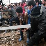 Migranti fra muri, filo spinato e lacrimogeni