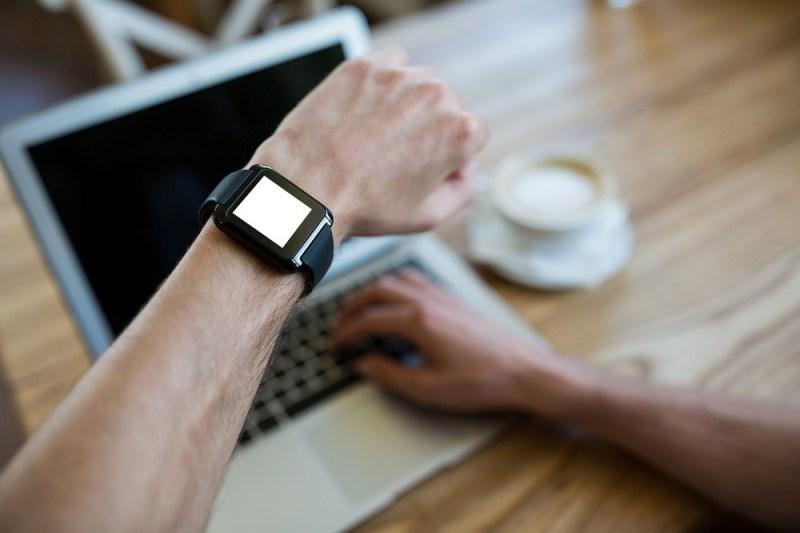 Men's Smartwatches