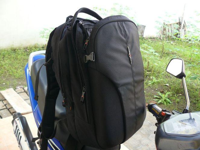 macbook-backpack