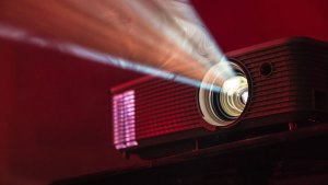 1 best short throw projectors - Home FH