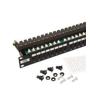 Cat 5e Right Angled Patch Panel with cage nuts and numbered labels