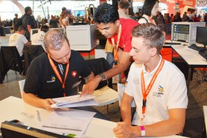 "Simon Stamm (r.) war der deutsche Vertreter im Skill 39 ""IT-Network System Administration"" beim WorldSkills-Finale in Sao Paulo 2015. Foto: WorldSkills Germany"