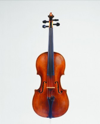 Violin by Johann Christoph Leidolff, Vienna, <small>1749</small>. <i>Image credit:</i> Harald Fritz.
