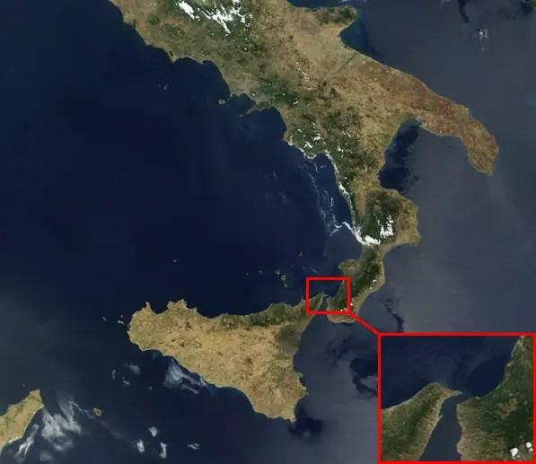 The Strait of Messina Bridge 2010 2016 Sicily Italy future transport suspension bridge
