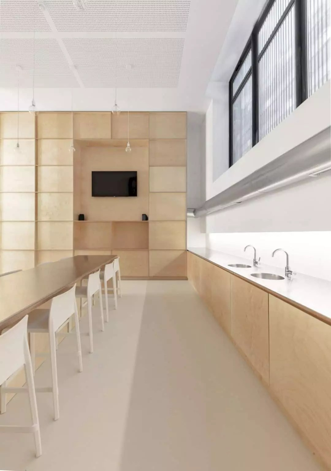 OMICS: New Buildings with Modern Interior for Offices and Research Laboratories