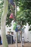 Jetzt ist unser Schuhbaum wieder schön bunt!
