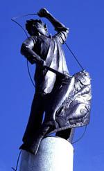 Fishermen's memorial statue