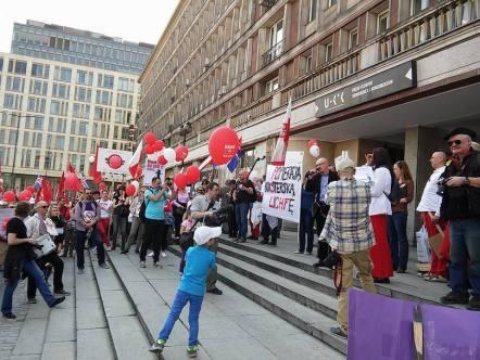 150425_poland_profuturis_demonstration_03