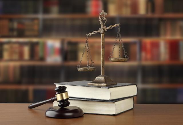 法人カードの現金化は合法なサービス