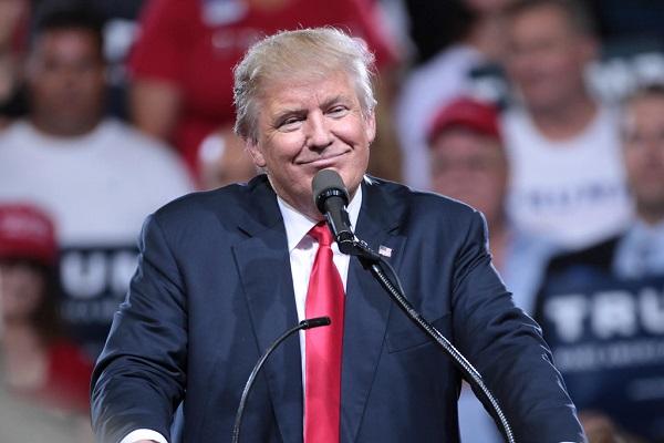 トランプ大統領がドル安を望む理由