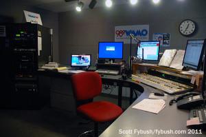 The WMMO 98.9 studio