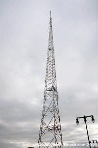 WTHI-FM 99.9