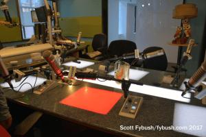 Light-up desk