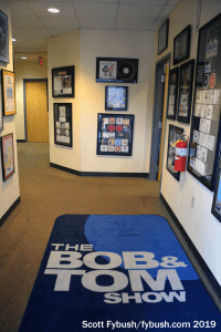 Bob & Tom lobby