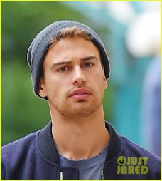 theo-james-divergent-break-nyc-05