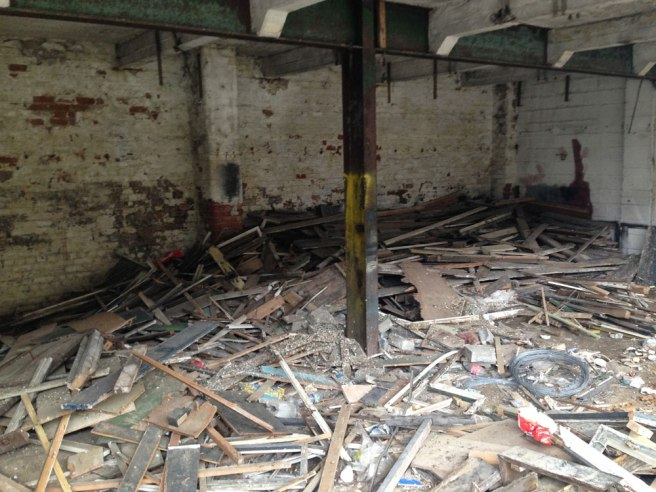 warehouse-clearance2