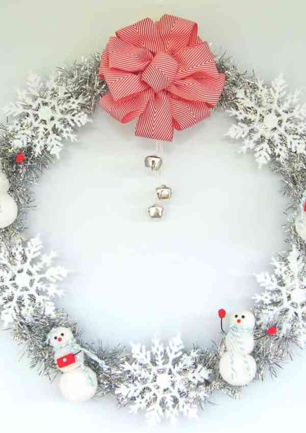 12 Days of Door Decor Day #3- Simple Sparkly Wreath