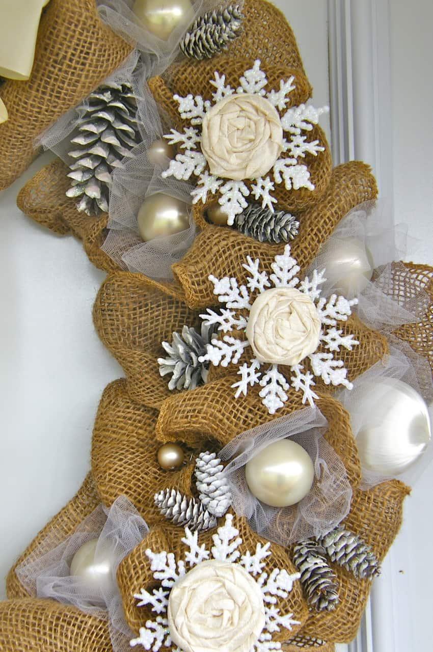 Christmas Decor Burlap Ribbon Bulbs