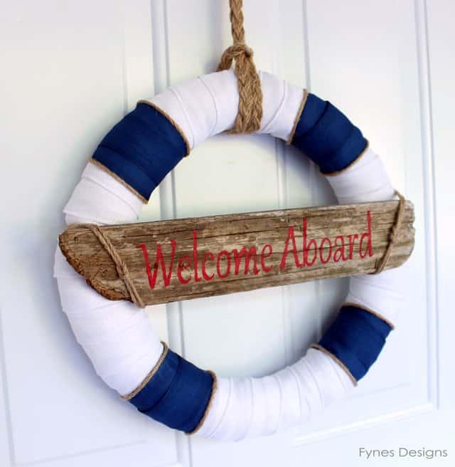 Nautical wreath from fynesdesigns.com