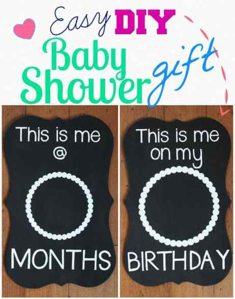 Double sided Photo Prop gift idea. Help Mom and Dad Document each month with the Easy DIY Baby Shower Gift Idea