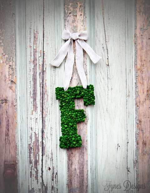 Monogram wreath tutorial from fynesdesigns.com