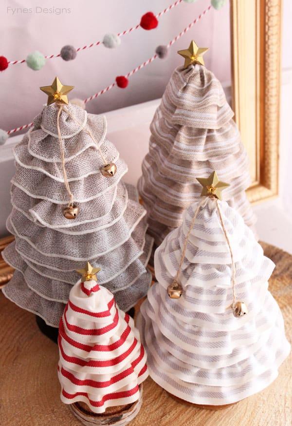Ruffled Ribbon Christmas Trees from fynesdesignscom DIY