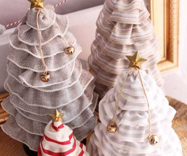 Ruffled Ribbon Christmas Trees from fynesdesigns.com