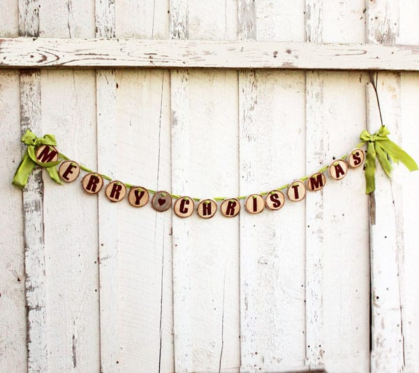 Wood Slice Christmas garland. Easy to create, read this tutorial so you don't make this common mistake!