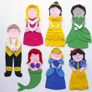 Free NO SEW Disney Princess Sock Puppet pattern