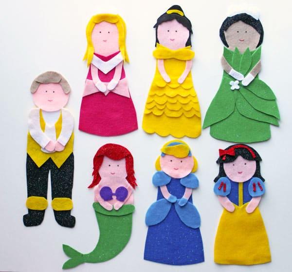 Disney Princess Puppets Tutorial and FREE Pattern!