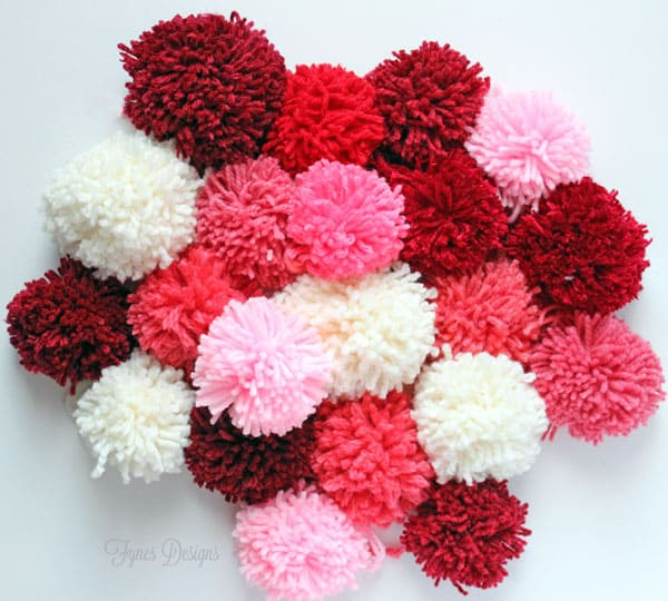 how to make a pom pom quick and easy from fynesdesigns.com