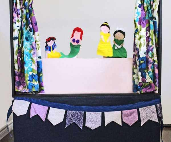 DIY puppet show theatre from an old Big screen TV