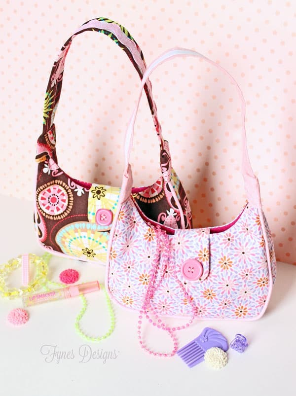 FREE little girl purse pattern featured by top US sewing blog, Fynes Designs | Cute Purse Sewing Pattern Freebie from fynesdesigns.com