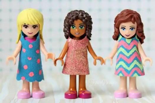 FREE template for Lego Friends mini figure dresses via fynesdesigns.com
