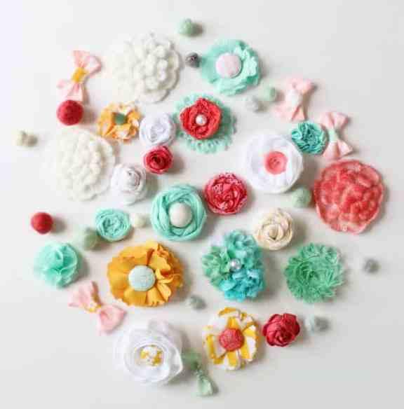 DIY Fabric flowers #fabric #flowers