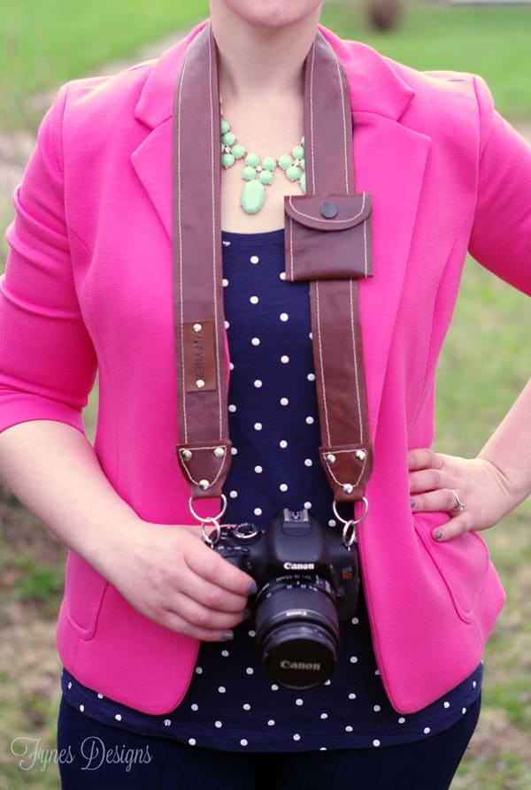 Never loose your lens cap again- Sew this free pattern