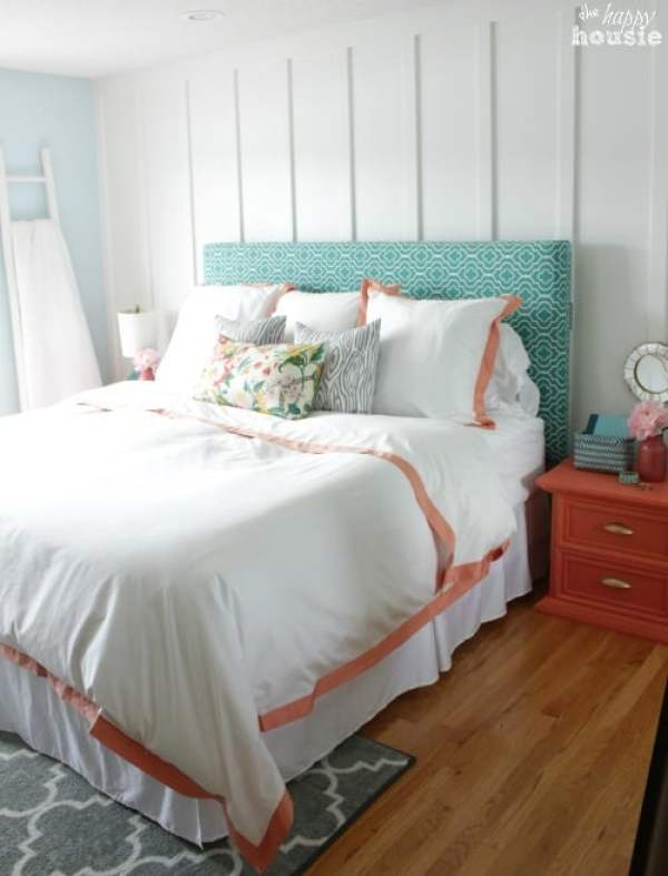 Beautiful Master Bedroom from thehappyhousie.com