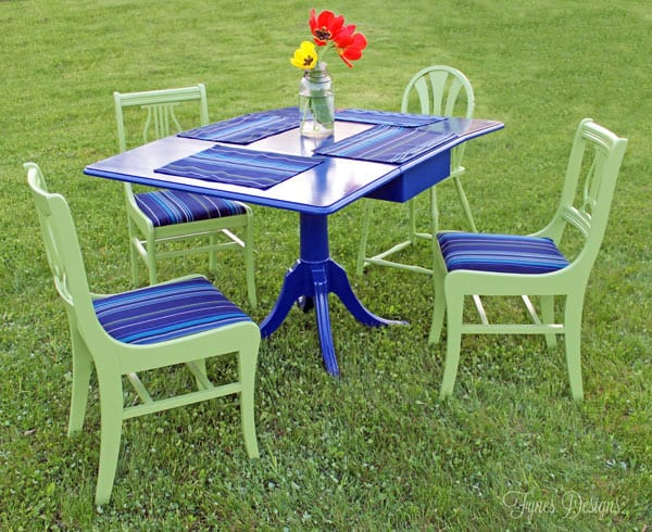 Painted furniture for a outdoor dining set