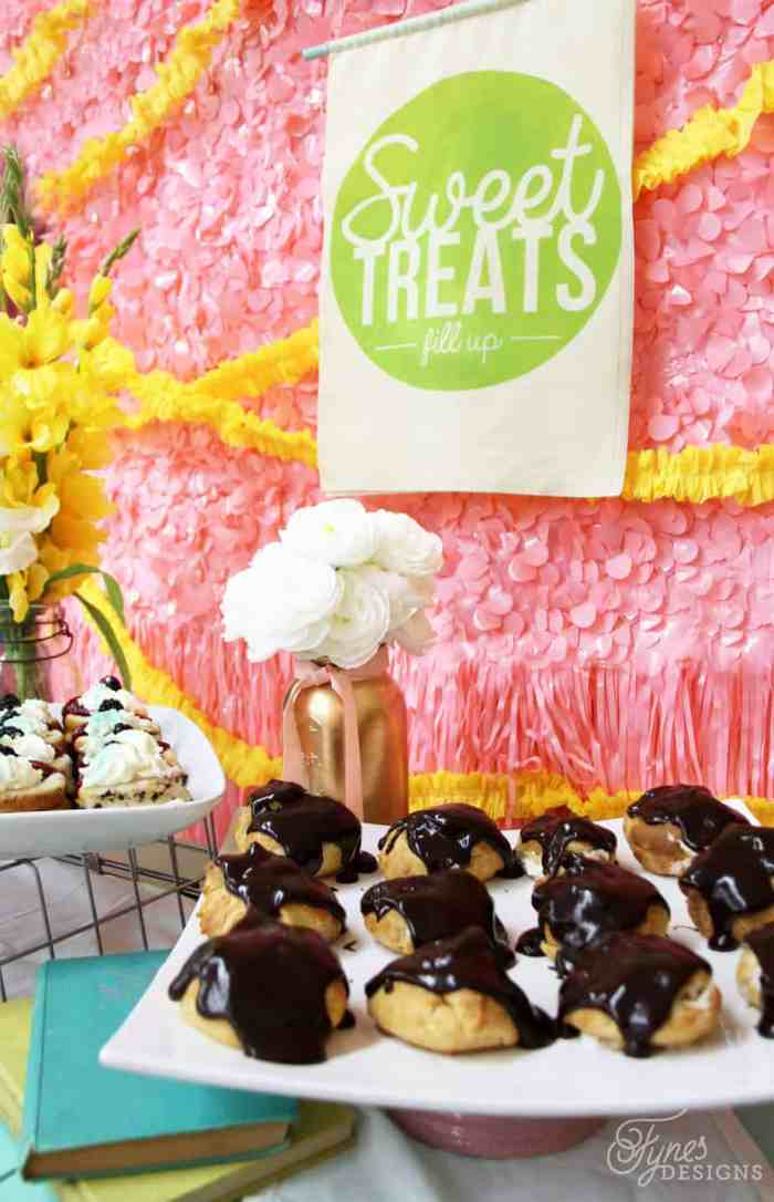 Fabric banner at the dessert table. Learn how to use Fabric paint with this easy tutorial #silhouette