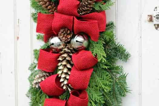 how to make a christmas swag - Burlap Outdoor Christmas Decorations