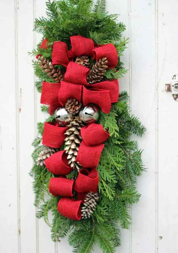 How to Make a Christmas Swag