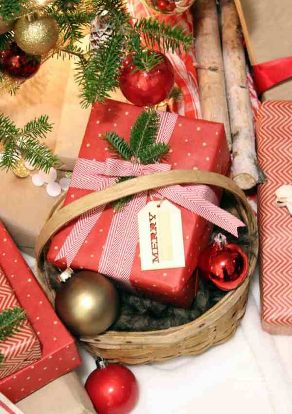 Christmas Gift Wrapping Ideas with Ribbon