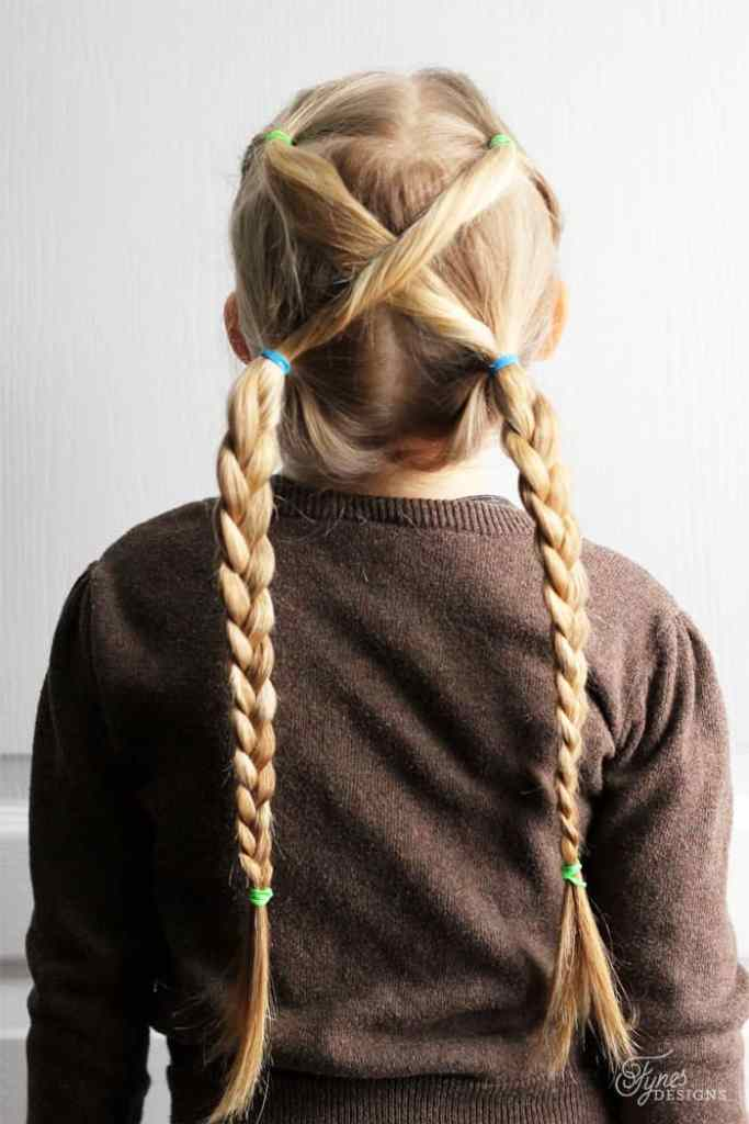 5 Minute Hairstyles for School featured by top US life and style blog, Fynes Designs |5 Minute Hairstyles by popular Canada lifestyle blog, Fynes Designs: image of a braid pigtail hairstyle.