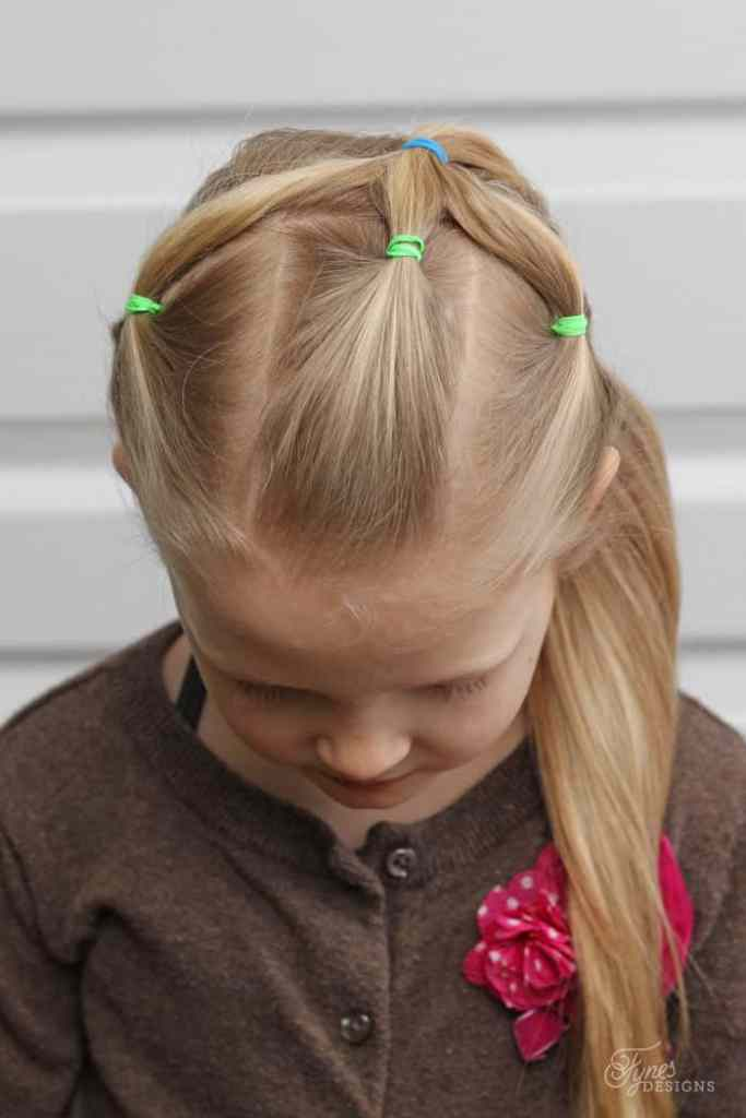 2 weeks of 5 Minute Hairstyles for School featured by top US life and style blog, Fynes Designs |5 Minute Hairstyles by popular Canada lifestyle blog, Fynes Designs: image of a ponytail hairstyle.