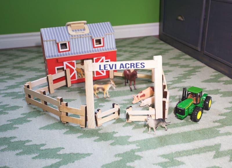 Boy's bedroom farm